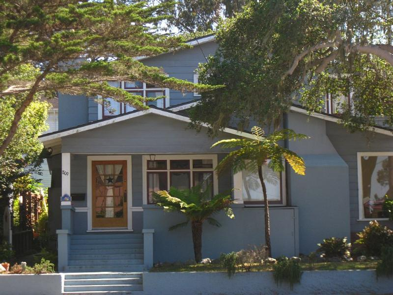 A few short blocks to downtown - Image 1 - Pacific Grove - rentals