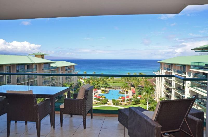 Direct Ocean view from the Lanai with Main pool below. - Luxury Ocean View 3bd/3bth Honua Kai Unit #829 - Lahaina - rentals
