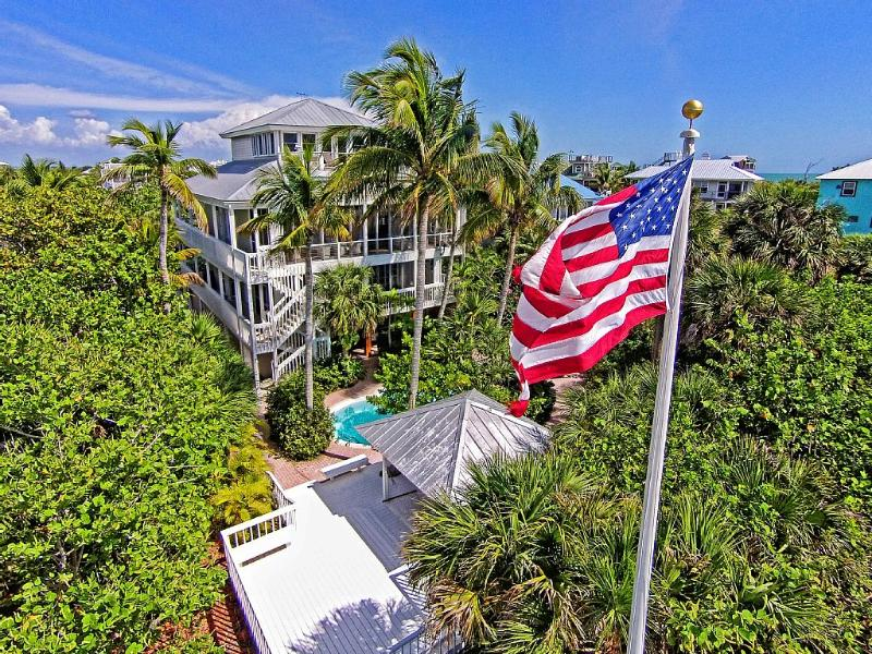 luxury 4-story beach home truly on the Gulf of Mexico - LUXURY 5 BEDROOMS 5 1/2 BATHS PRIV. GULF BEACH - North Captiva Island - rentals