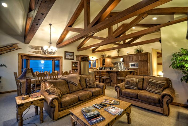 Luxury Jewel, Great View from Eagles Overlook - Image 1 - Steamboat Springs - rentals