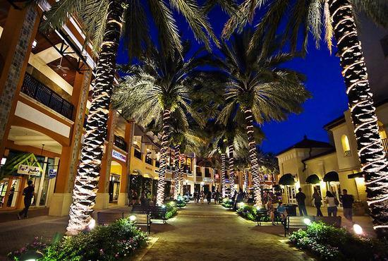 City Place at night - City Place West Palm Beach fabulous - West Palm Beach - rentals