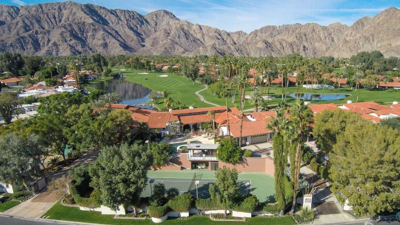 Dazzling Estate With  Private Tennis Ct, Pool, Jacuzzi, And Views Of 8th Fairway - Dazzling Estate With  Private Tennis Ct, Pool, jac - La Quinta - rentals
