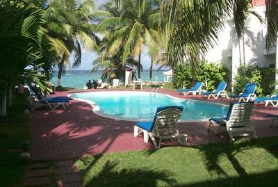 Chrisanns Apt9 Paradise Suite, beachfront and Wifi - Image 1 - Ocho Rios - rentals