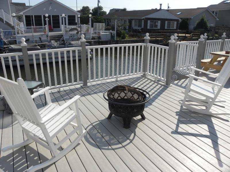 It's time for you to relax and enjoy your well deserved vacation - Water front home w/Boat tie-up in North Ocean City - Ocean City - rentals