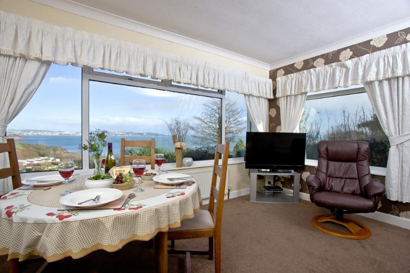 Tanna Nivas located in Paignton, Devon - Image 1 - Paignton - rentals
