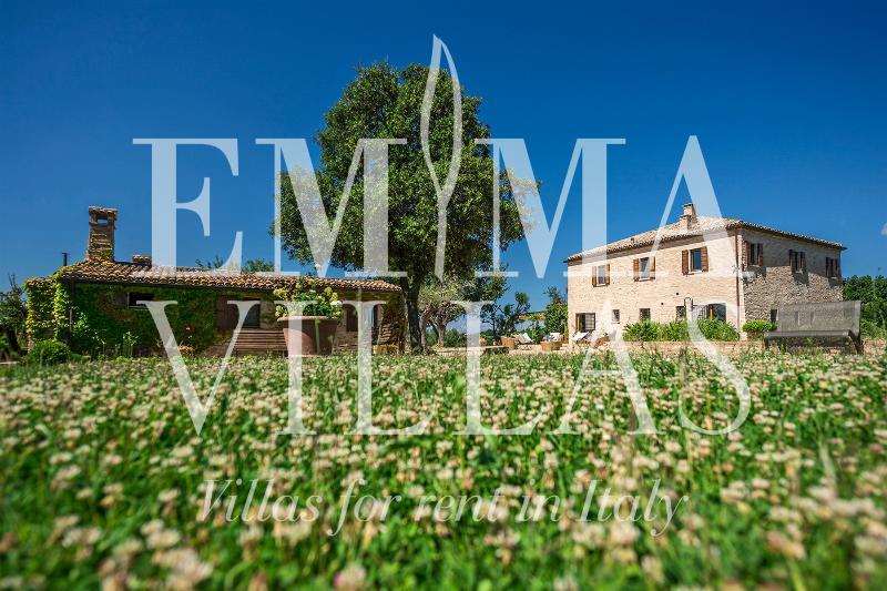 Casa Eugenia 8+1 - Image 1 - Fiorenzuola di Focara - rentals