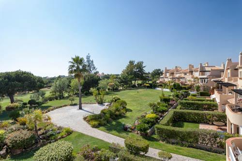 Sao Lourenco Village 3 Bed Apartment - Image 1 - Algarve - rentals