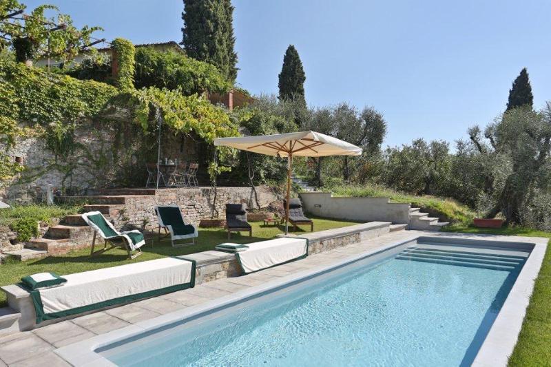 Villa I Cipressi with pool near to Forte dei Marmi - Image 1 - San Quirico di Moriano - rentals