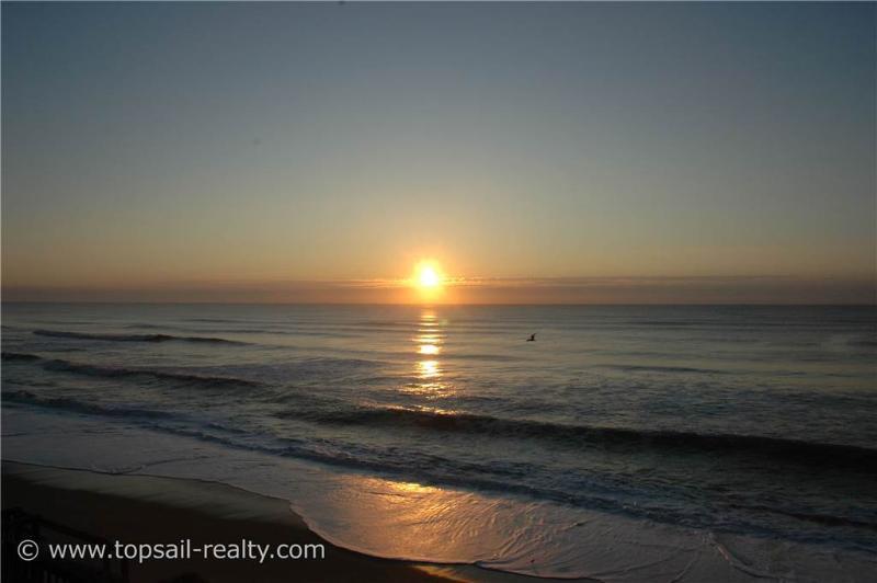 ISLAND TIME ESCAPE - Image 1 - Surf City - rentals