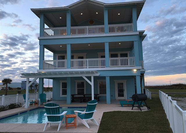Welcome to Beach-A-Holic! - Beach-A-Holic: Private Pool, Boardwalk to Beach, Amazing OCEAN VIEWS - Port Aransas - rentals