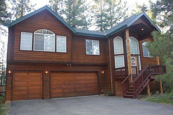 Tahoe Pine Woods Home - near ski, lake, w/hot tub - Image 1 - South Lake Tahoe - rentals