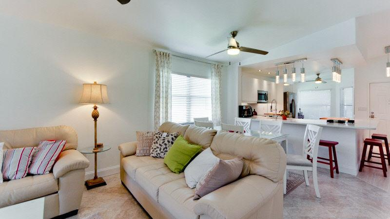 Living area toward open kitchen - SHOREWALK condo upstairs end IMG 3mins BEACH 10min - Bradenton - rentals