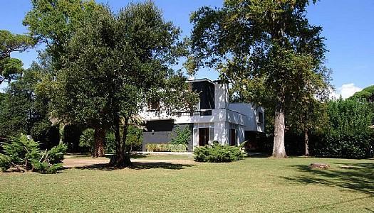 Villa Tara - Image 1 - Marina Di Pietrasanta - rentals