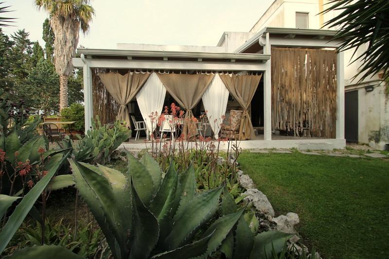 Casa Nicole C - Image 1 - Lizzanello - rentals