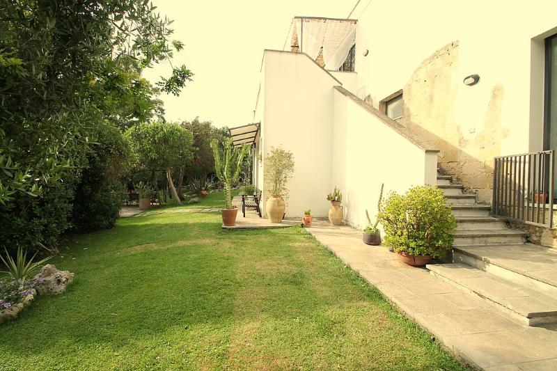 Casa Nicole E - Image 1 - Lizzanello - rentals