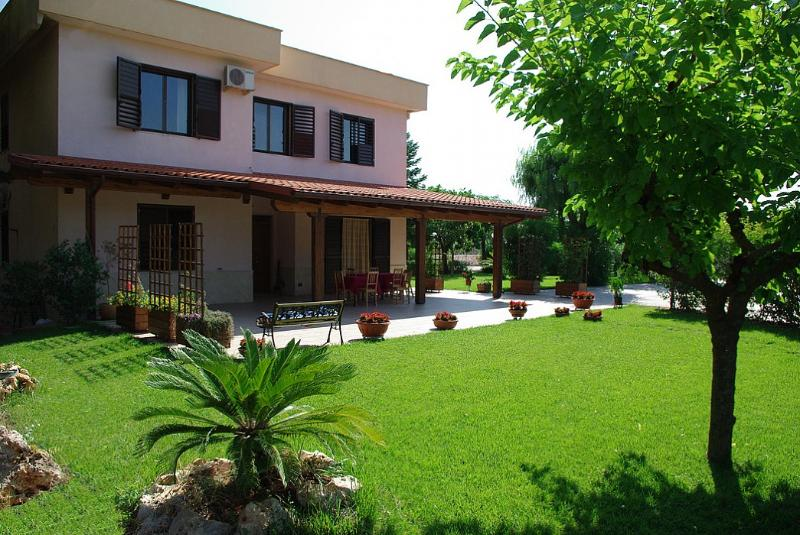 Casa Candito B - Image 1 - Castellana Grotte - rentals