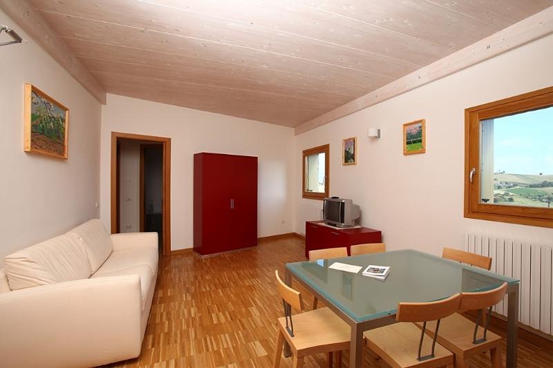 Appartamento Berardo E - Image 1 - Monterado - rentals