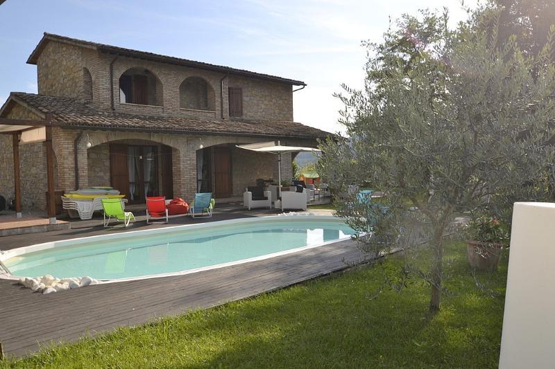 Villa Lucinda - Image 1 - Valtopina - rentals