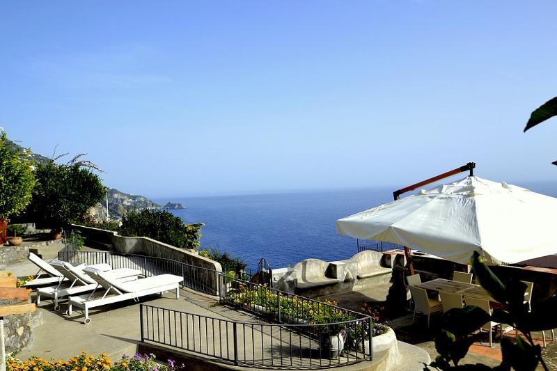 Villa Ciondolo - Image 1 - Praiano - rentals