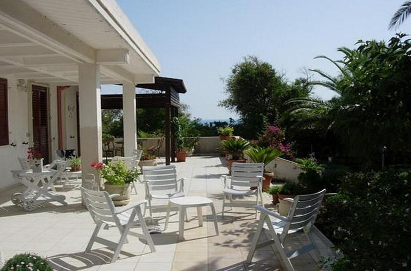 Villa Mena - Image 1 - Cava d'Aliga - rentals