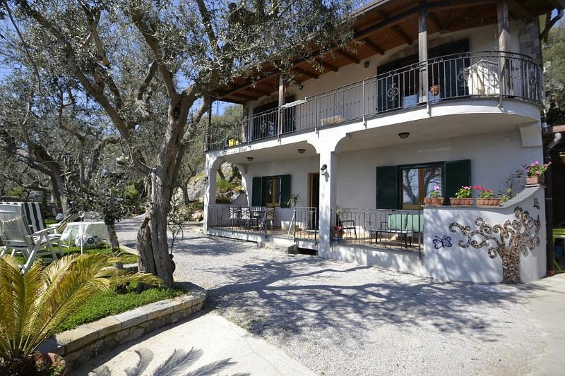 Casa Gabbianella - Image 1 - Sant'Agata sui Due Golfi - rentals