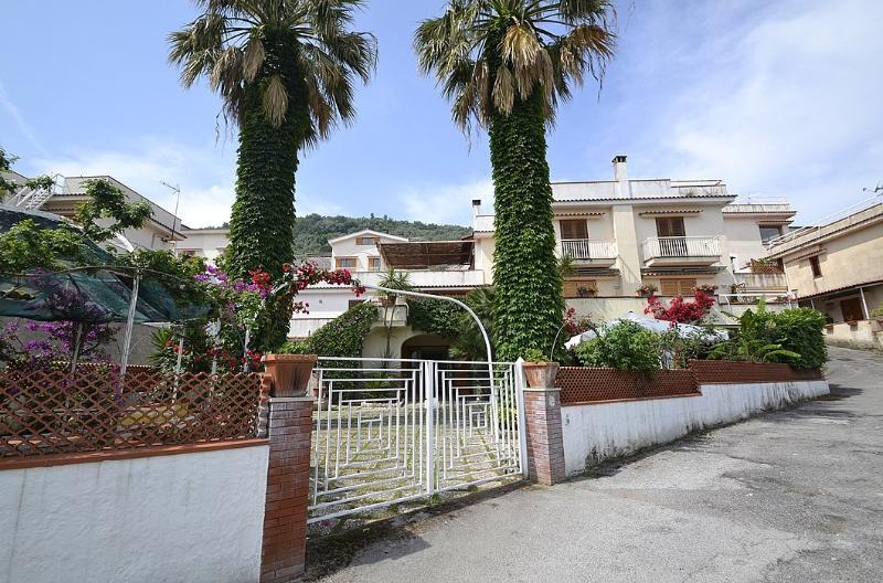 Villa Candore - Image 1 - Seiano - rentals
