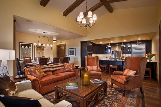 Spacious living room - Edgemont - Pinnacle Ridge - Steamboat Springs - rentals
