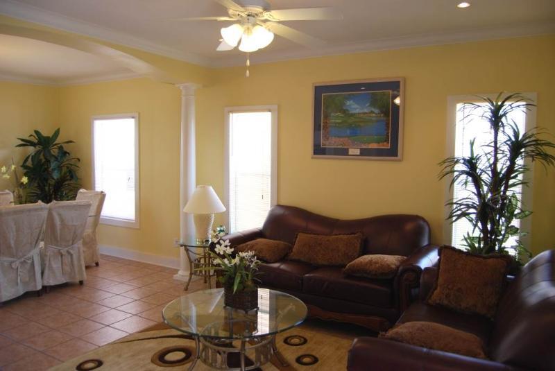 JUNKANOO 14B - Image 1 - Pensacola - rentals