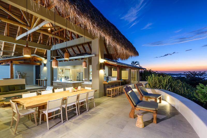 Sunset House, Sleeps 14 - Image 1 - Tamarindo - rentals