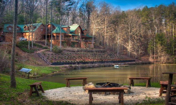Bear Ridge Lodge - 145, 5* Reviews in a row on VRBO438003 - Ellijay - rentals