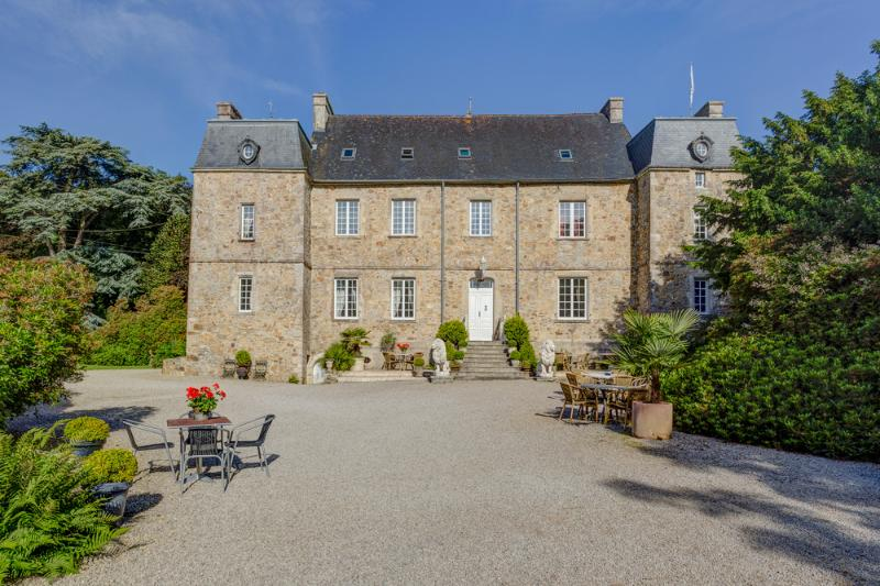 C16th Normandy Chateau Estate - Image 1 - Tamerville - rentals