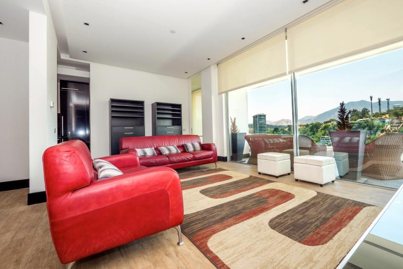 Superb 2 Bedroom Apartment in El Golf - Image 1 - Santiago - rentals