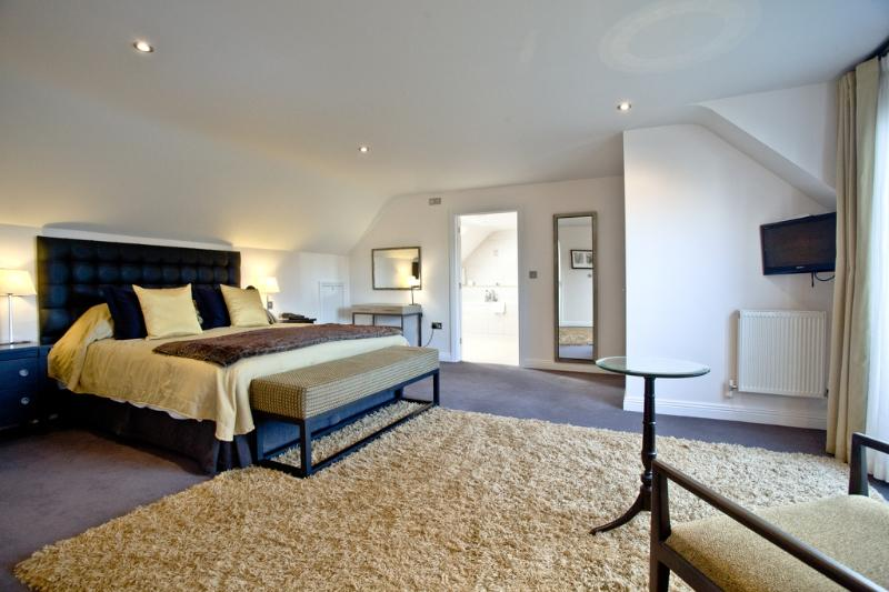 Orchid, Woodland Retreat located in Wadebridge, Cornwall - Image 1 - Wadebridge - rentals