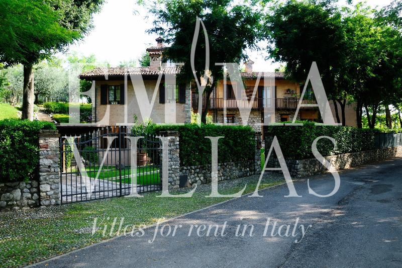 Casale Mulino di Sotto 4+4 - Image 1 - Lake Garda - rentals