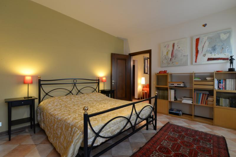 Apt AI TALENTI with lovely garden in Padova centre - Image 1 - Padua - rentals