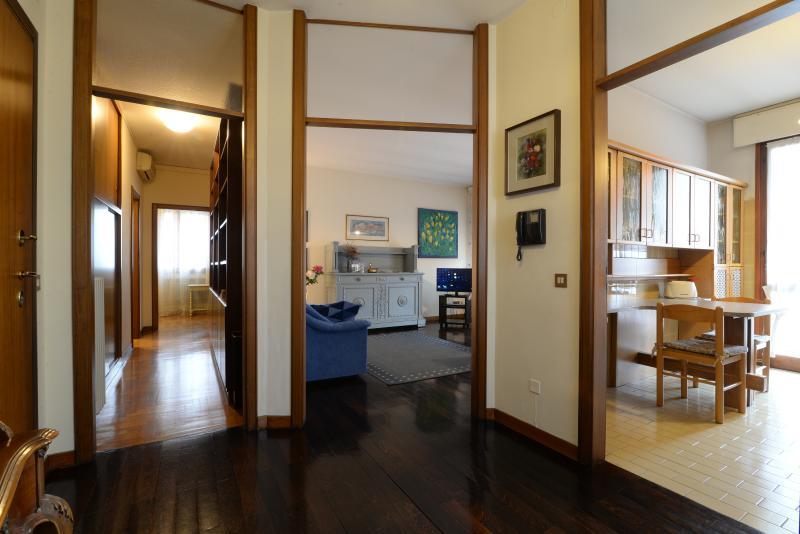 Padova Centre - Apartment AL CORSO + Free GARAGE - Image 1 - Padua - rentals