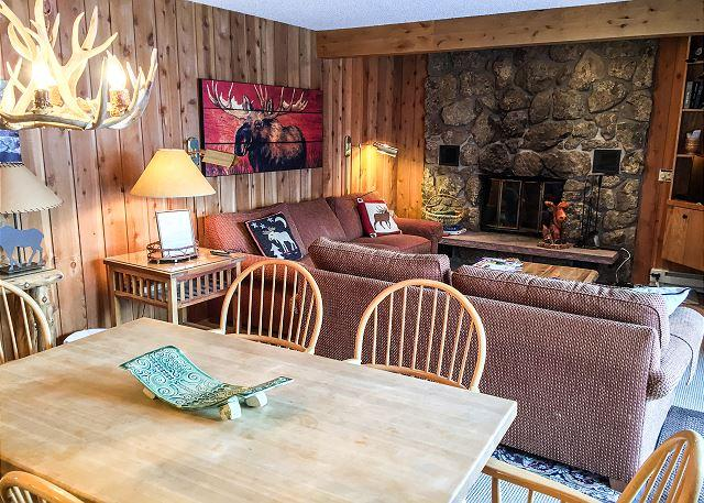 Great rates this winter for this Convenient Condo in East Vail - Image 1 - Vail - rentals