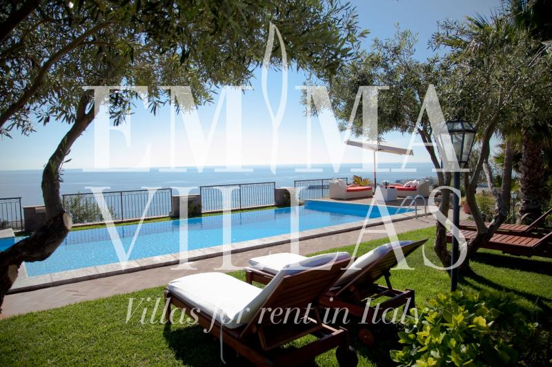 Villa Alba 12 - Image 1 - Giardini Naxos - rentals