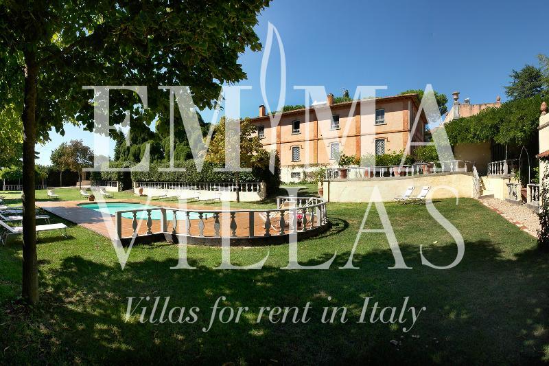 Villa delle Sophore 16+4 - Image 1 - Cortona - rentals