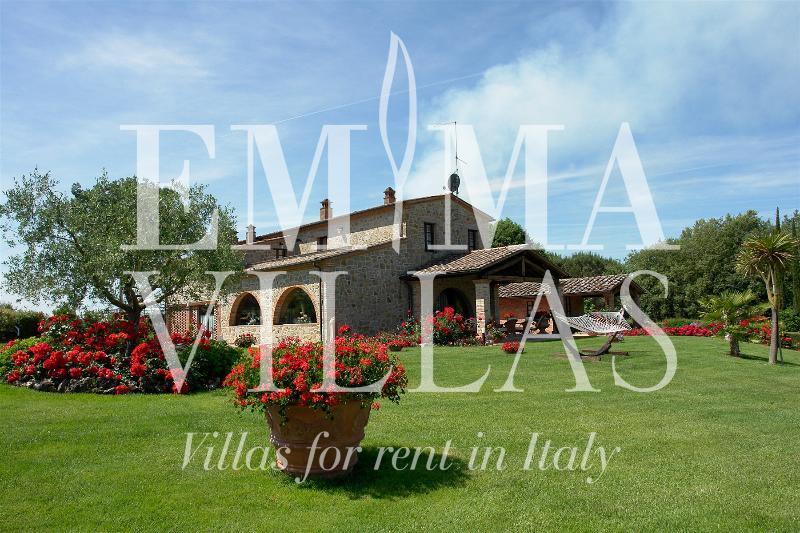 Villa Helianthus 8 - Image 1 - Arezzo - rentals