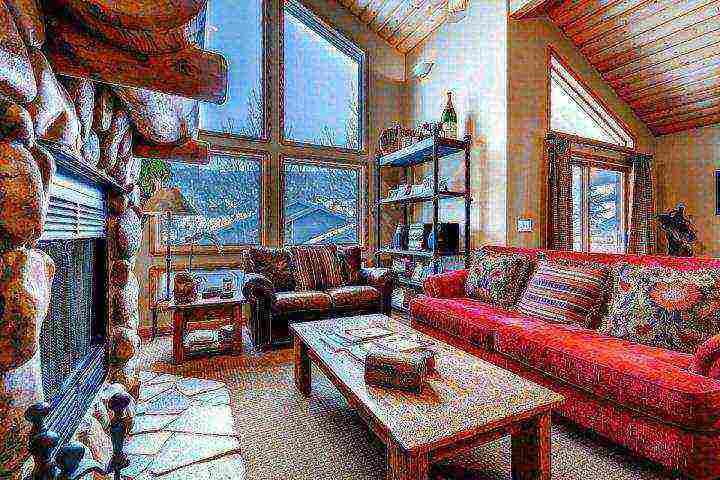 Living area has a family-friendly layout and features vaulted ceilings, wood burning fireplace, HDTV & plush furniture. One of two private balconies. - Deer Valley Boulder Creek Hidden Treasure - Park City - rentals