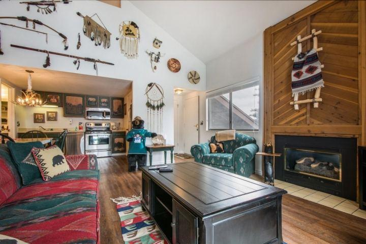 This property features 2 Bedrooms + Loft, 2 Bathrooms, a large living room, 3 HDTV's, fireplace, private balcony and many amenities. - Red Pine Solitude - Park City - rentals