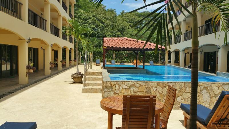 Apart Hotel in Coco Beach - Walk from the beach - Image 1 - Playas del Coco - rentals