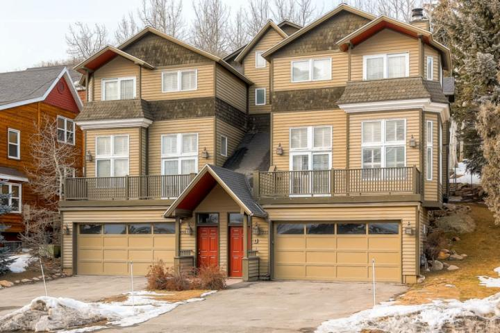 Welcome to our beautiful mountain home near Deer Valley Resort in Park City, Utah. Close to everything! - Deer Valley Drive Ski Home - Park City - rentals