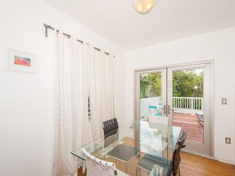 Letiole 1BR W/ Pool And Private Deck - Image 1 - Miami Beach - rentals