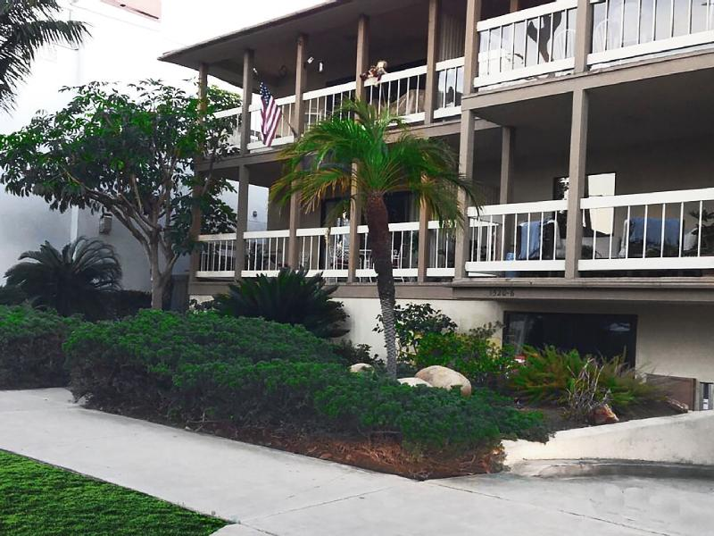 Quaint & Secluded, Yet Close to Everything! 26/N - Image 1 - Coronado - rentals