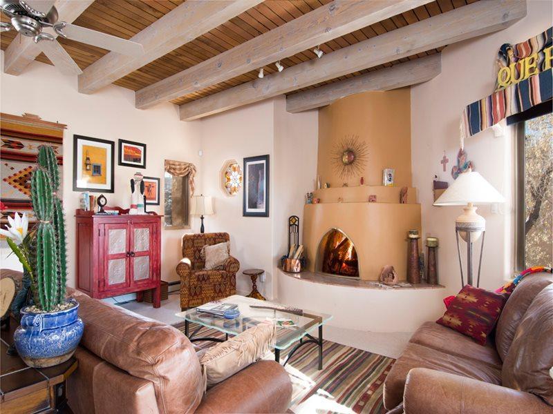 Living Room - Casa en los Arboles - Santa Fe - rentals