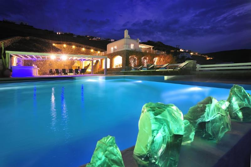 Night view of the pool and the villa. - Blue Villas | Delos View | Sports - Mykonos Town - rentals