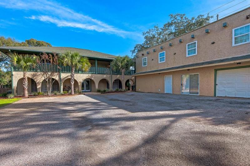Stunning home in desirable Sandestin area! Shared pool! - Image 1 - Destin - rentals