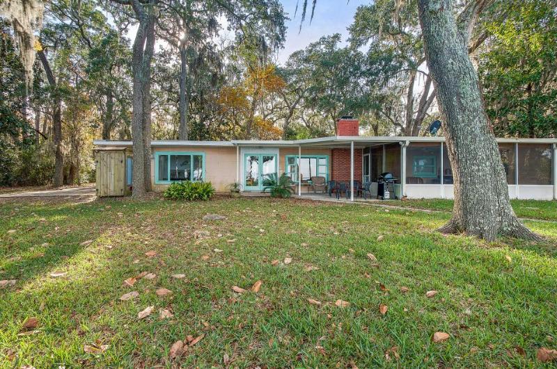 Dog-friendly, spacious home with a dock, a tree house, & bay views! - Image 1 - Santa Rosa Beach - rentals